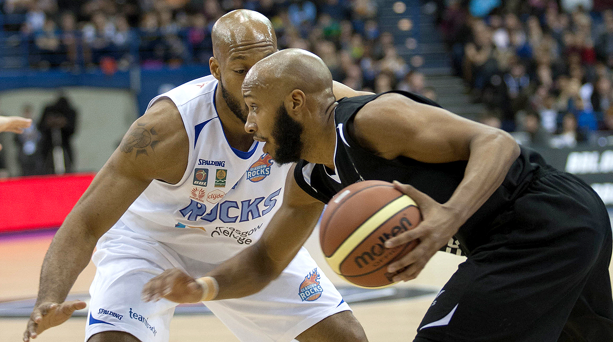 2015 BBL Cup Final Action