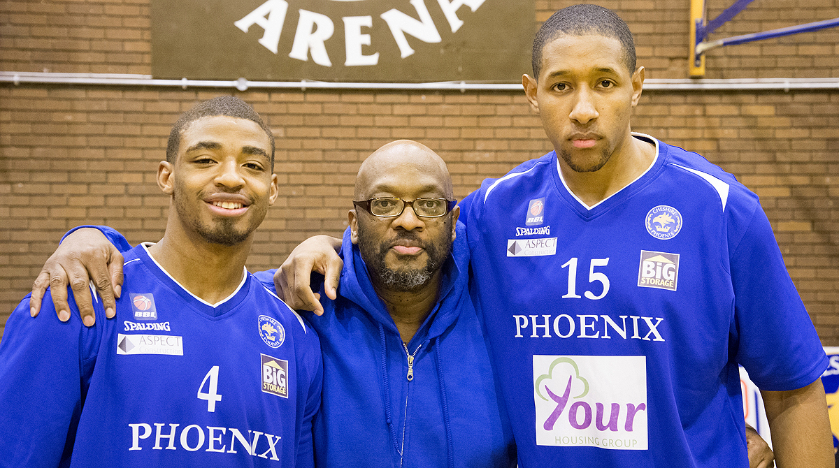 Mike Shaft with Phoenix legends Victor Moses & Reggie Middleton.