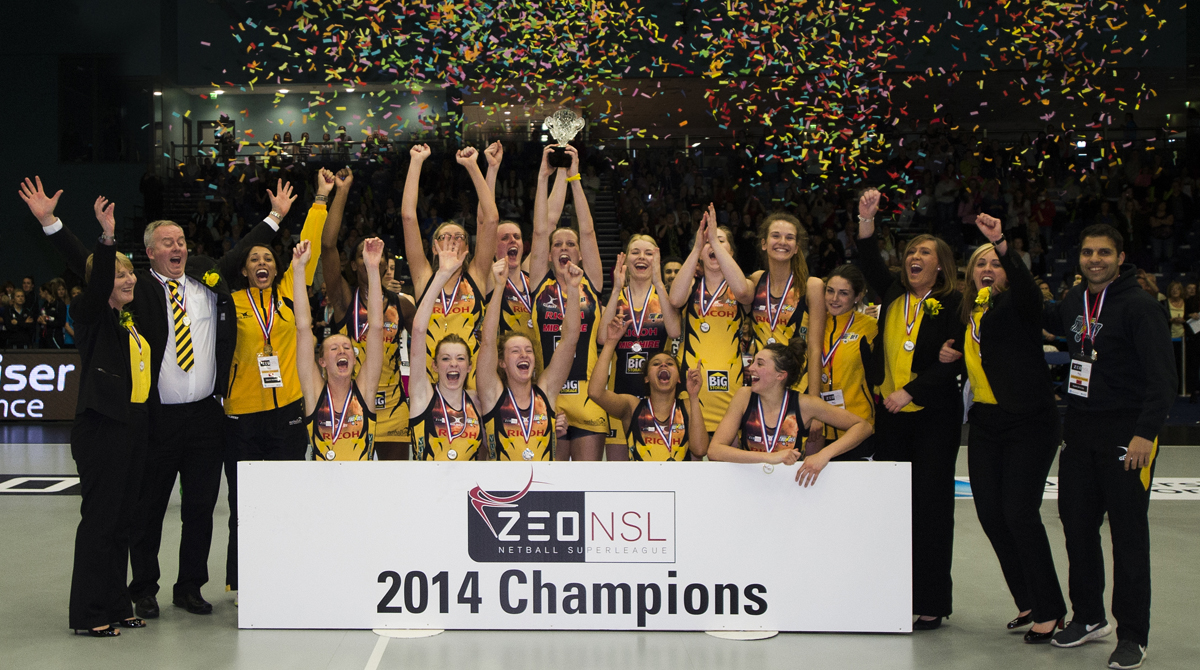 Manchester Thunder, Zeo Netball Super League Champions 2014. Photo Paul Greenwood