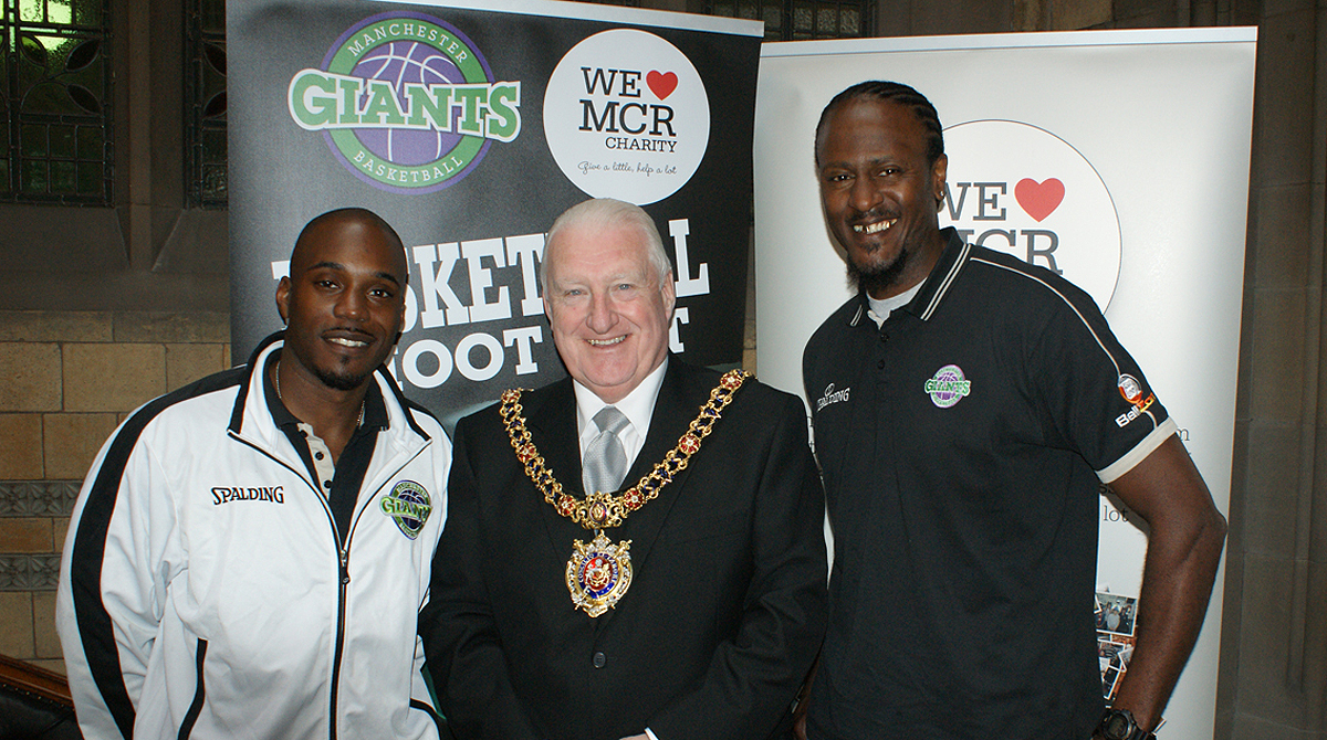 Giants' player Stefan Gill (left) and Head Coach Yorick Williams with Lord Mayor councilor Paul Murphy OBE